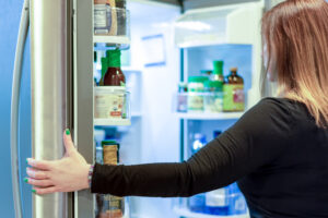 How to Maintain Your Refrigerator Properly | Starfix